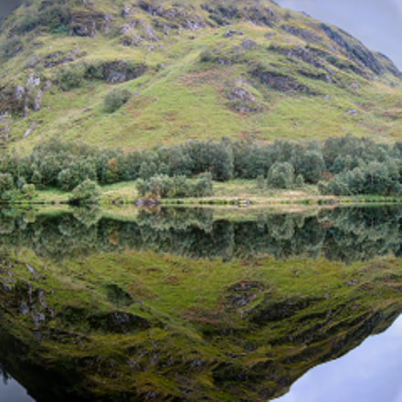 Scottish Loch Reflection, Canon POWERSHOT S30