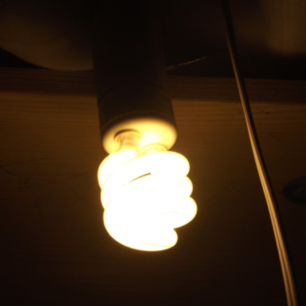 light, Fujifilm FinePix S2700HD