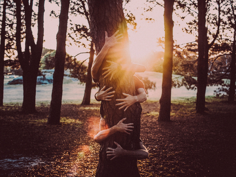 group hug by Denise Kwong on 500px.com