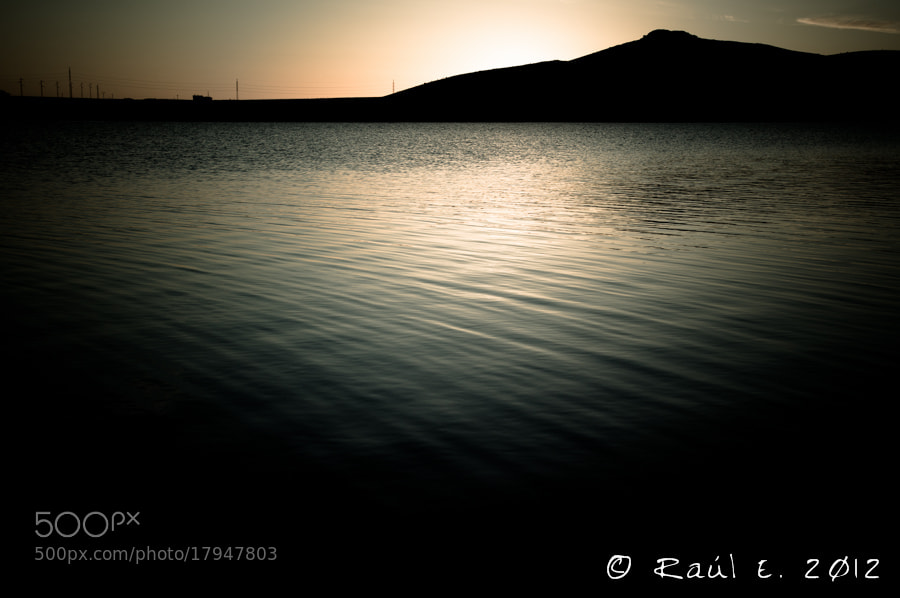 Photograph Tranquilidad al atardecer by Raúl E. on 500px