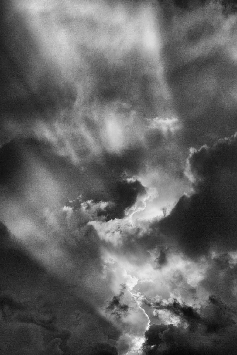 Photograph Nubes y Rayos, Blanco y Negro by Francisco  Moreno Martin on 500px