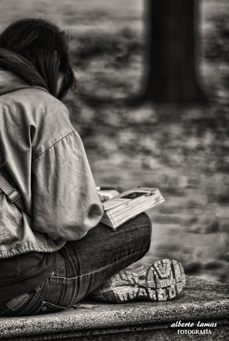 Photograph lectura by Alberto Lamas Díaz on 500px