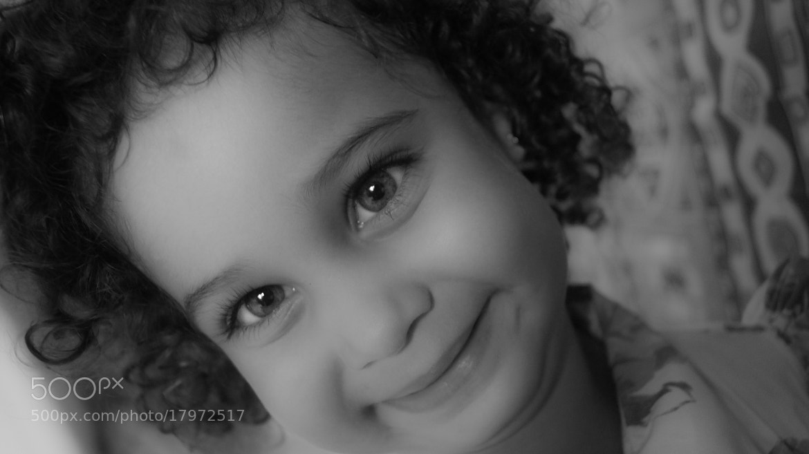 Photograph Smile. it's free. and nice.  by Roberto Manzanares on 500px