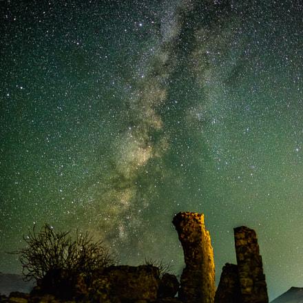 Stars & Ruins