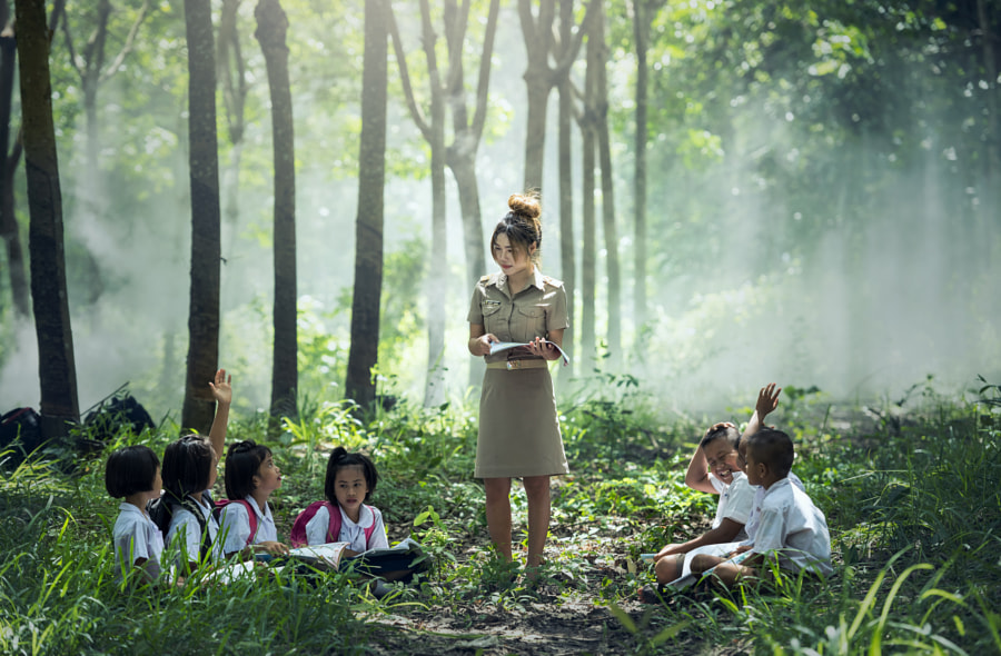 Learning and Teaching students In rural areas by Sasin Tipchai on 500px.com