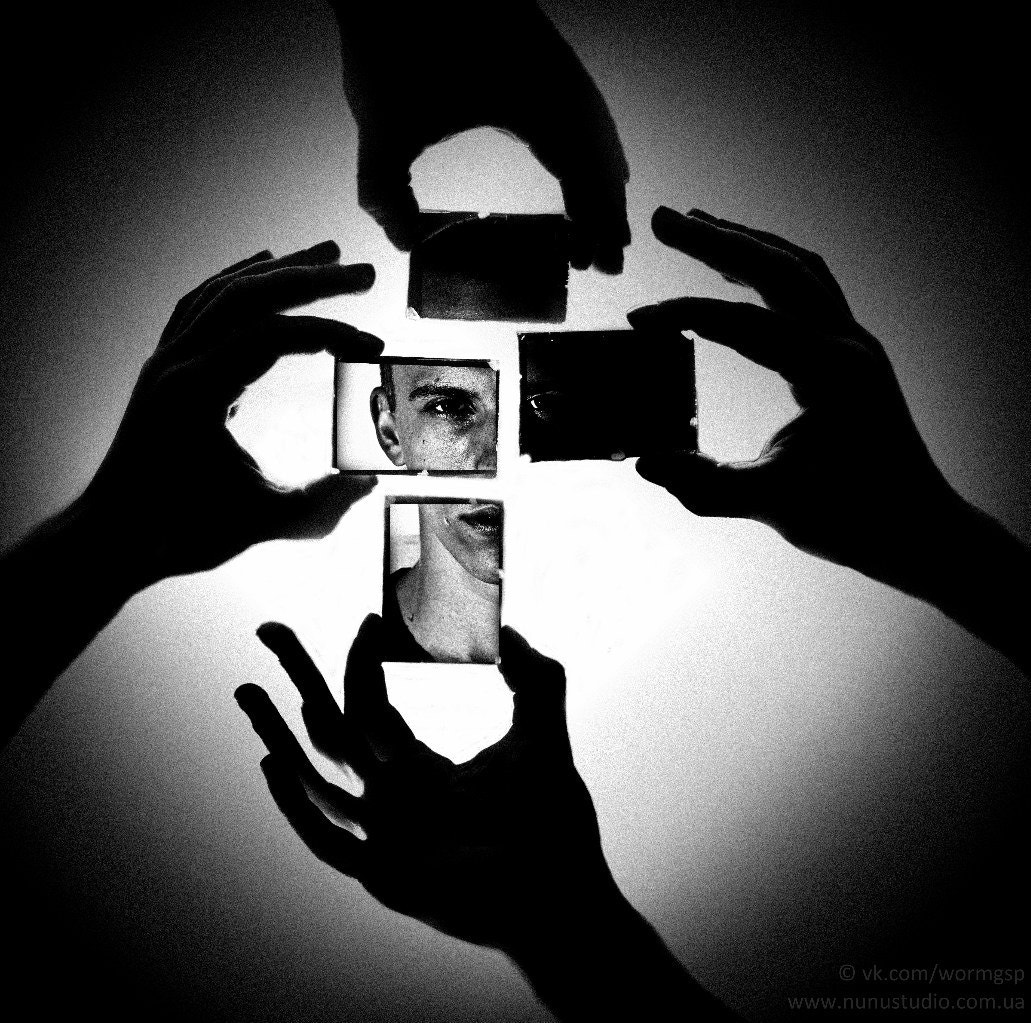 Photograph Mirrors by A regular guy with camera. on 500px