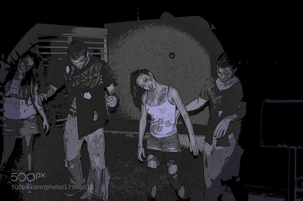 Photograph Zombies by Lillian Vazquez (Sanllehi) on 500px
