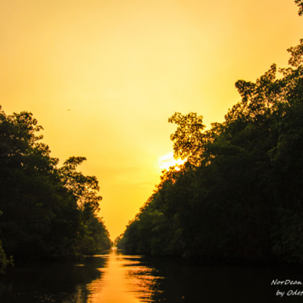 Sunset on the Caroni, Canon EOS REBEL T3, Sigma 10-20mm f/3.5 EX DC HSM