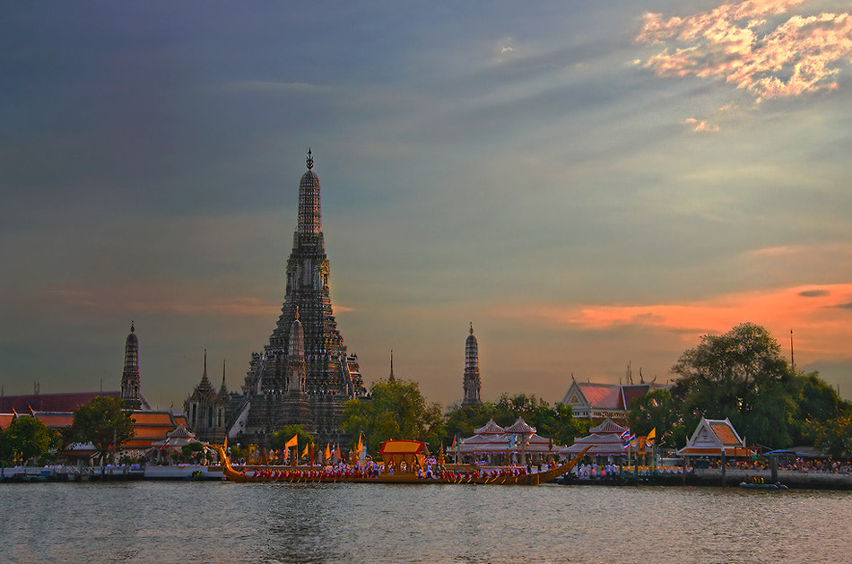 Photograph Thailand's Royal barge Procession by Charungroj Bunphabuth on 500px
