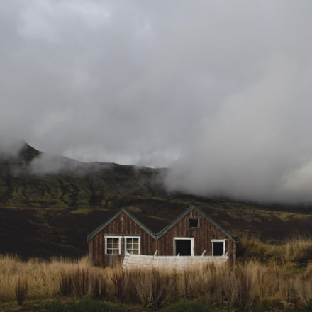Rural housing - Iceland, Canon EOS 7D, Sigma 30mm f/1.4 DC HSM