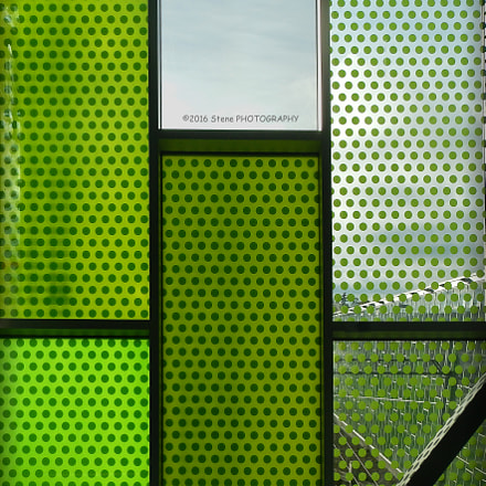 Green dotted windows, Nikon COOLPIX AW110
