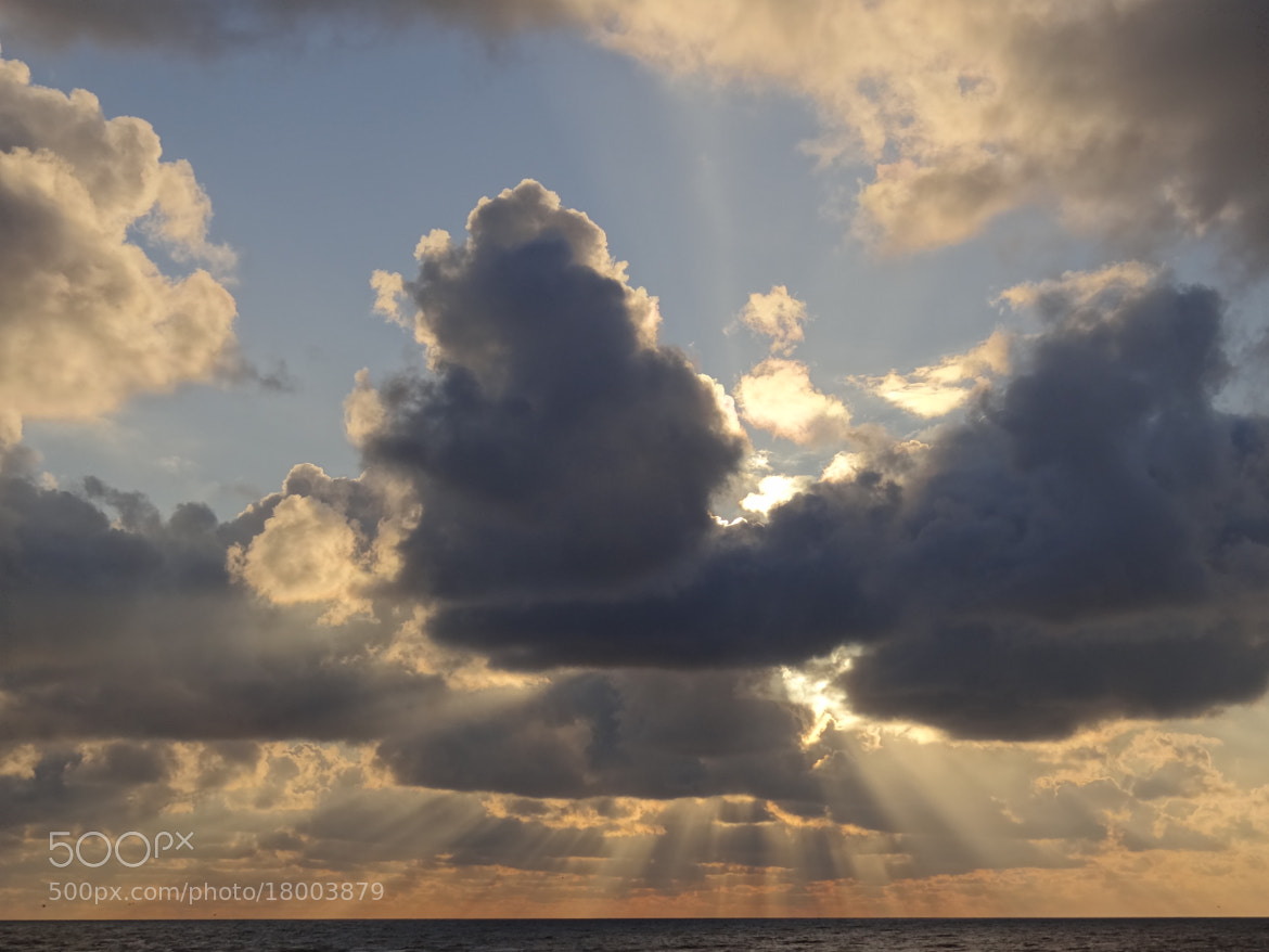 Photograph sunray  by Victor Droogh on 500px