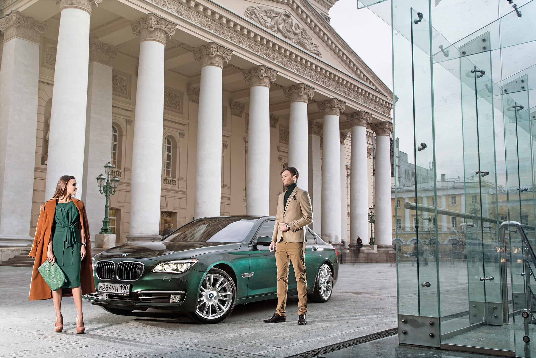 Photograph BMW 7-Series nearby The Bolshoi Theatre. by Alexey Sulima on 500px