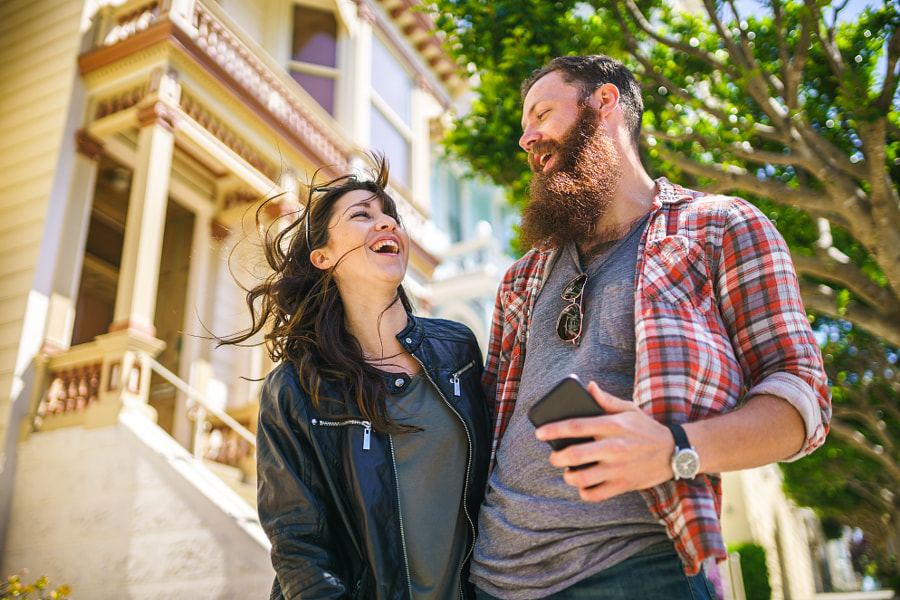 romantic couple at the painted ladies in san francisco by Joshua Resnick on 500px.com