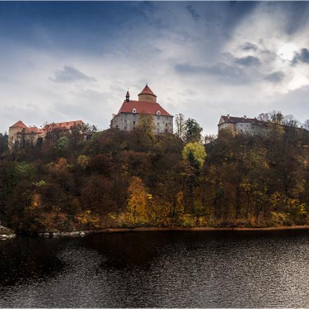 Veveri  castle at the Brno reservoir, CZ