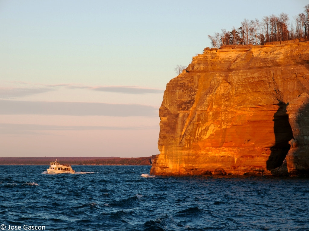 Photograph Pictured Rocks National Lakeshore, Michigan by Jose Gascon on 500px