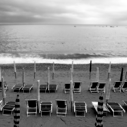 Empty Beach Chairs, Cinque, Canon POWERSHOT PRO1