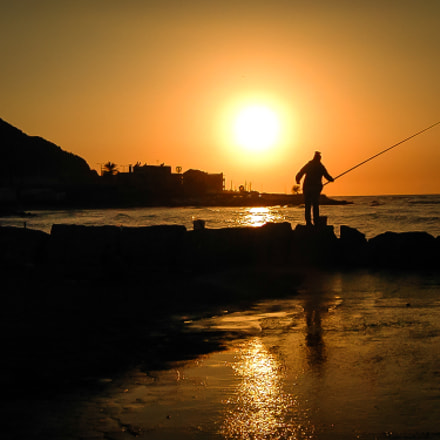 Fishing at Sunset, Nikon E885