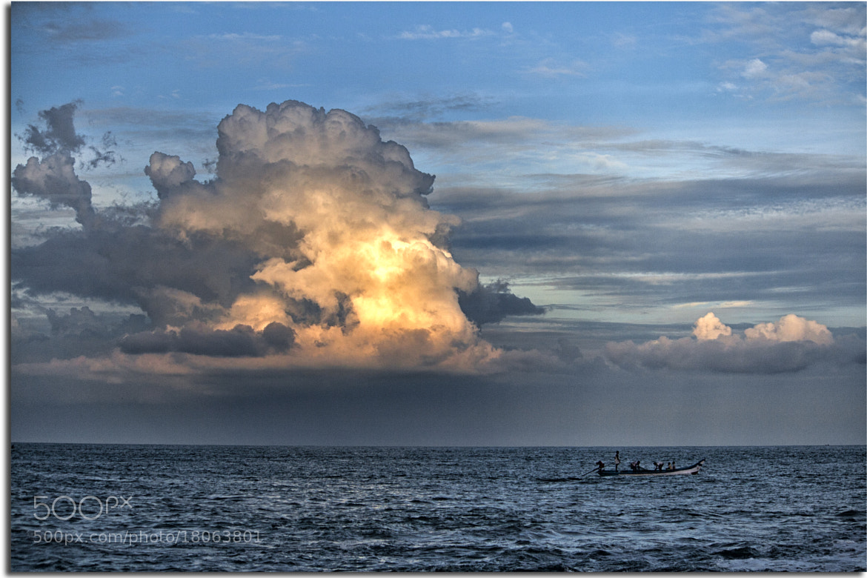 Photograph Fiery by Rajarathinam Chakravarthy on 500px
