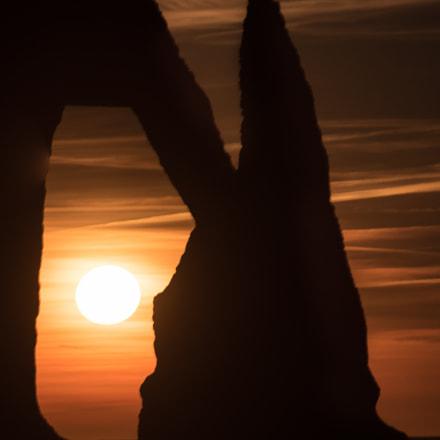 Le soleil sous la porte d'Aval