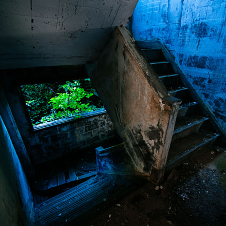 Abandoned Stairs, Pentax K-7, Tamron SP AF 10-24mm F3.5-4.5 Di II LD Aspherical [IF]