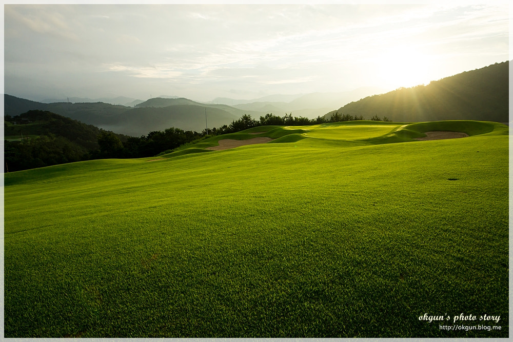 Photograph Sunrise on golf field by Yoo Byoungok on 500px