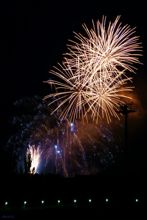 Photograph Fireworks 2 by Ulrich R. Sieber on 500px