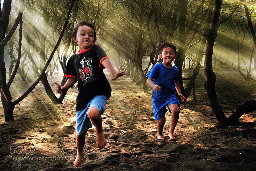 Photograph Run.... by 3 Joko on 500px