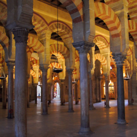 Mosque-Cathedral of Cordoba. Ecclesiastical, Sony SLT-A33, Sony DT 16-105mm F3.5-5.6 (SAL16105)