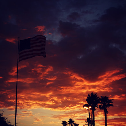 Sunset over the flag, Fujifilm FinePix F31fd
