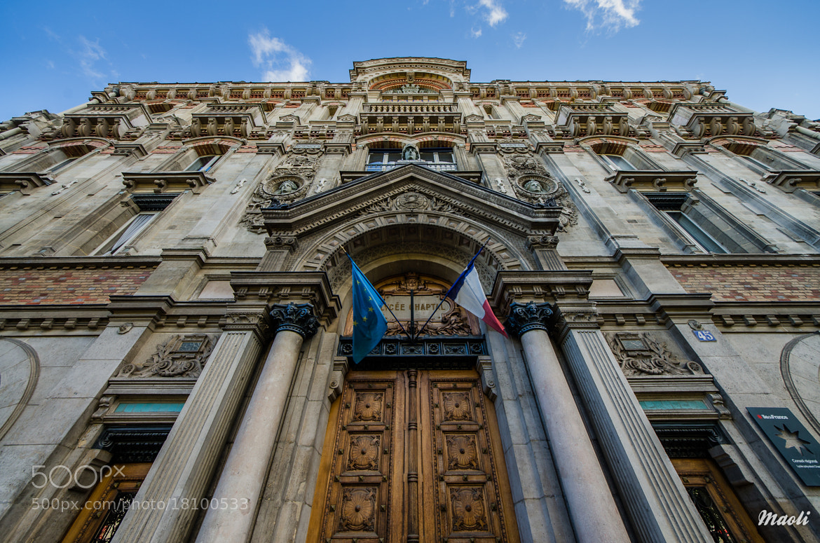 Photograph Front door of the school Chaptal by Matthieu Olivier on 500px