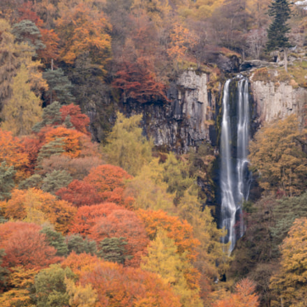 Pistyll Rhaeadr waterfall,Autumn colors,North, Sony ILCA-77M2, Tamron AF 18-200mm F3.5-6.3 XR Di II LD Aspherical [IF] Macro