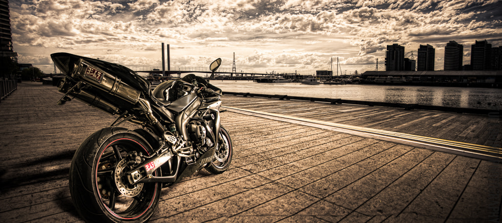 Photograph Yoshimura R1 by Matt Thomson on 500px