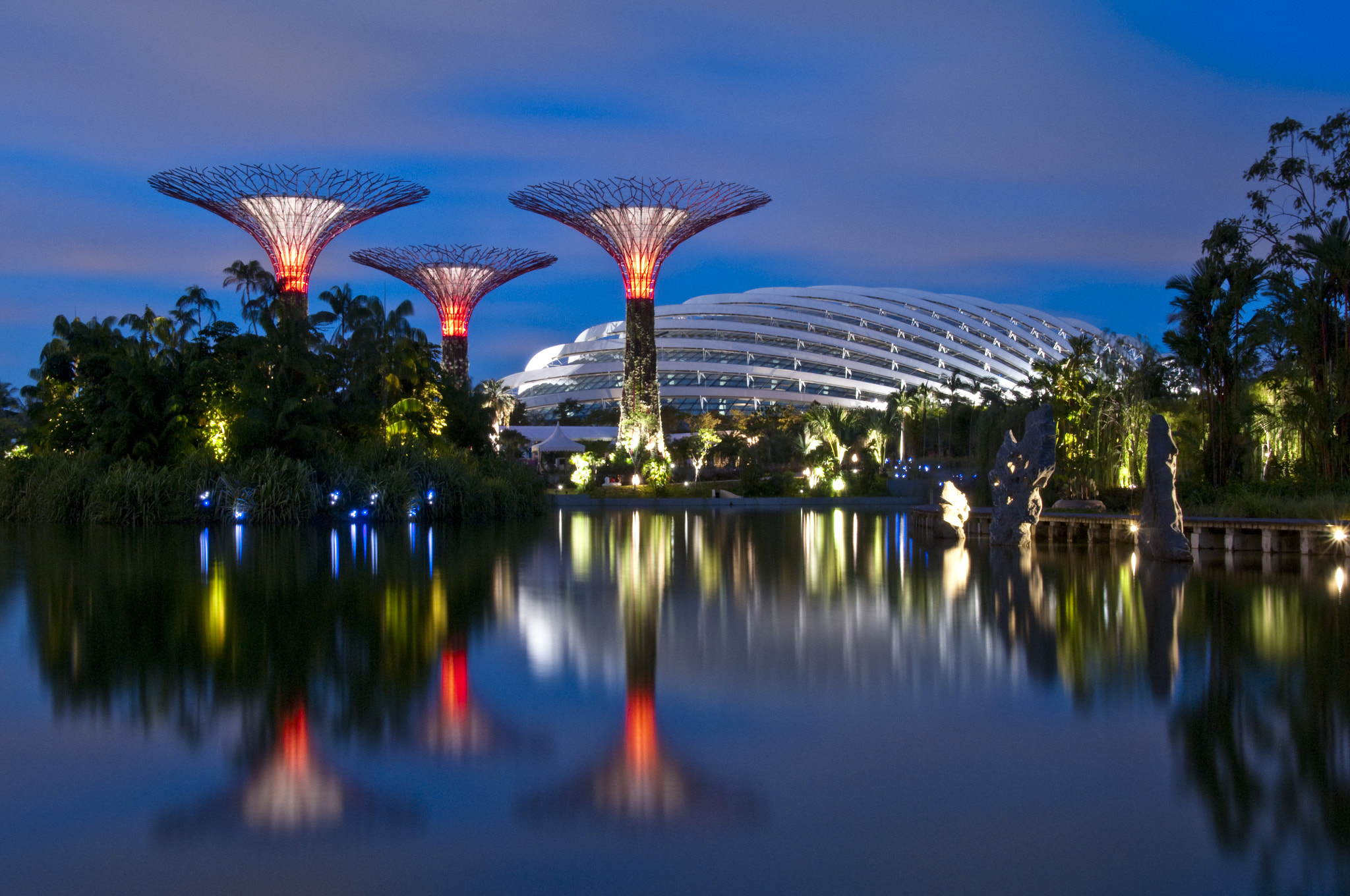 Photograph Gardens by the Bay Singapore by Heshan  de Mel on 500px