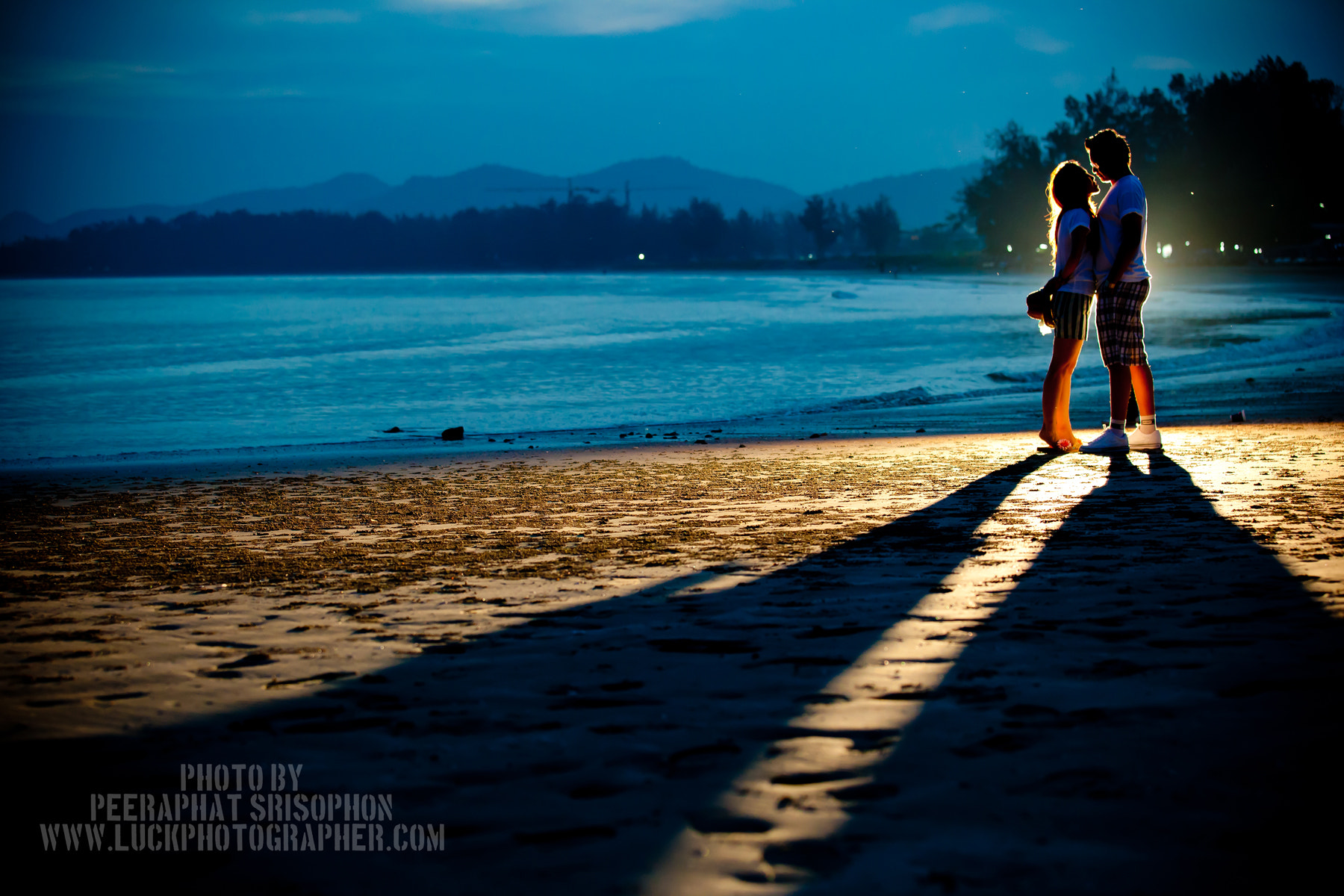 Photograph Light by Peeraphat Srisophon on 500px