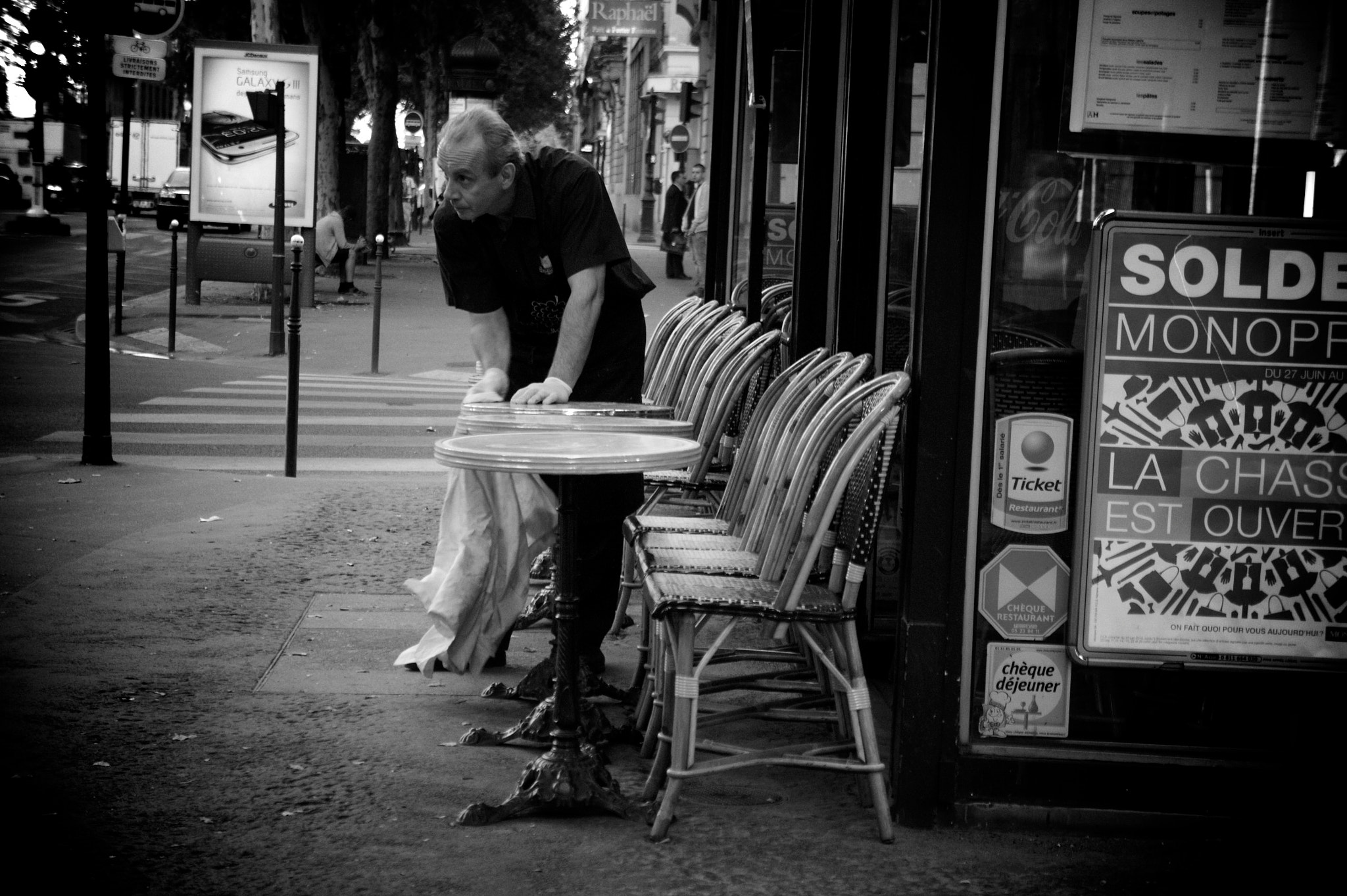Photograph Those people who work in Paris  by JOVER Guillaume on 500px