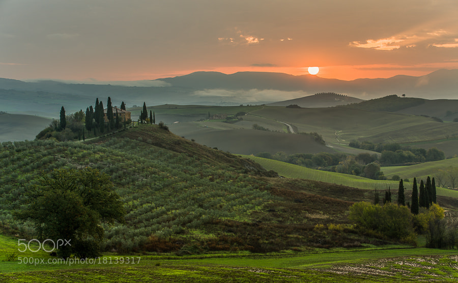 This photo was taken during the Tuscany November 2012 photo workshop with a group of 10 enthusiastic photographers. The photo is an HDR of 5 bracketed shots 1 stop between and merged to HDR in the Photomatix 32bit HDR plugin and then tone mapped in Lightroom 4.2.