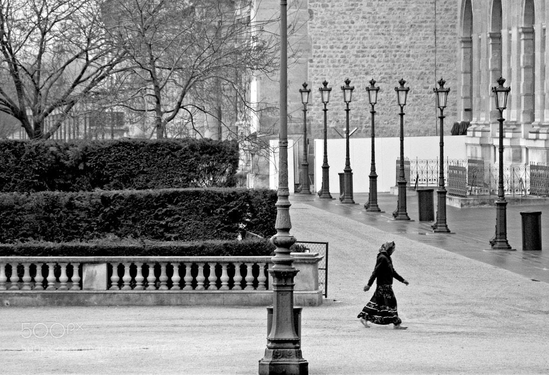 Photograph Paris b&w by Claudio Lopes on 500px