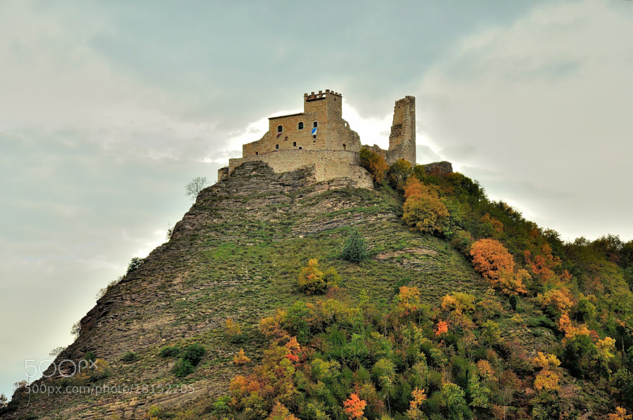 Autumn Time: Rocca Varano.