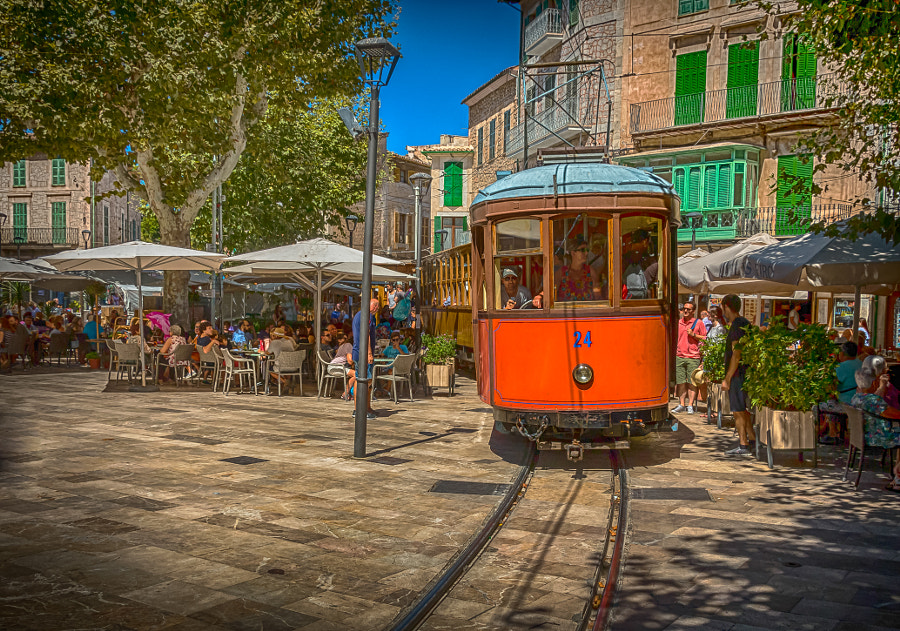 Sóller Tram by Lubomir Mihalik on 500px.com