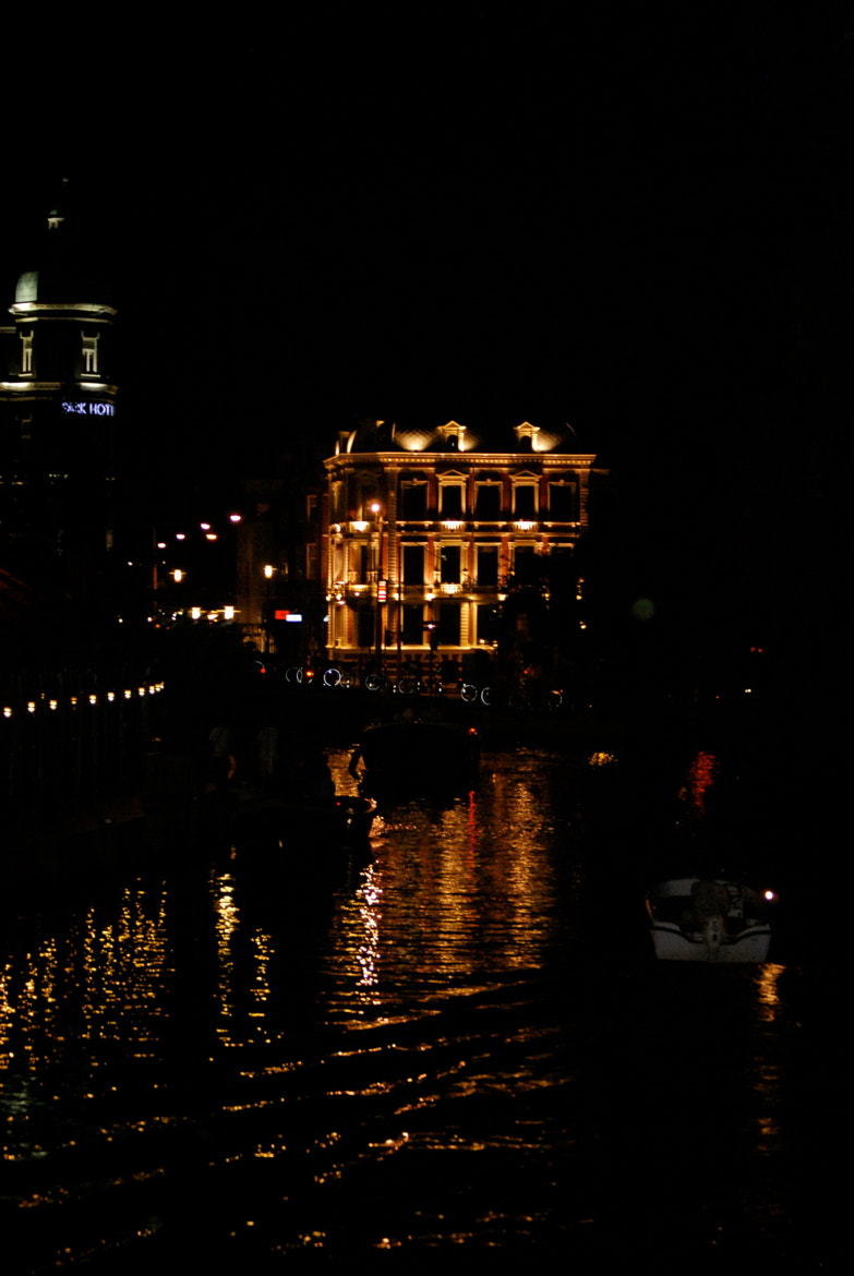 Photograph Night Life by María Valls Roque on 500px
