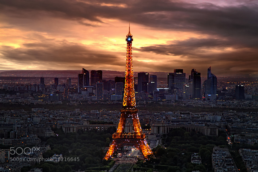 Photograph Twilight in Paris by Carlos Gotay on 500px