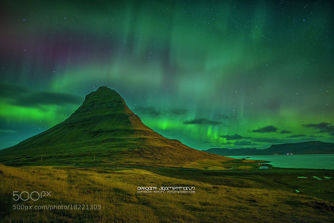 Photograph Star and Aurora by Peerakit Jirachetthakun on 500px
