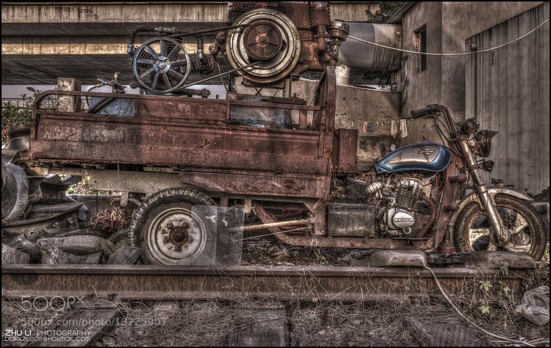 Photograph Old motorcycle  by zhu li on 500px
