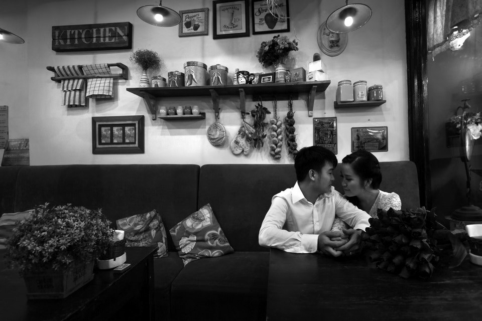 Photograph My sister and her husband by Lâm Thanh on 500px