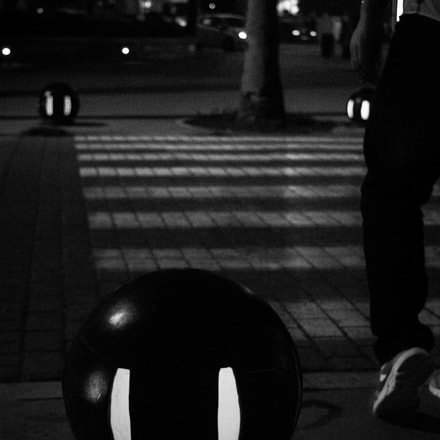 Walking ..., Canon EOS 550D, Canon EF 38-76mm f/4.5-5.6