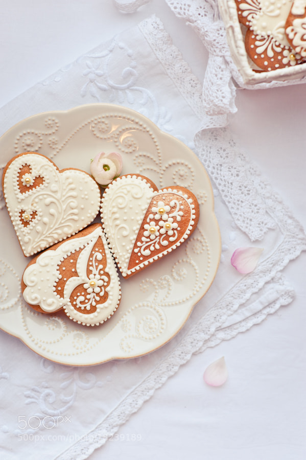 Photograph gingerbread in shape of heart by Galina Kochergina on 500px