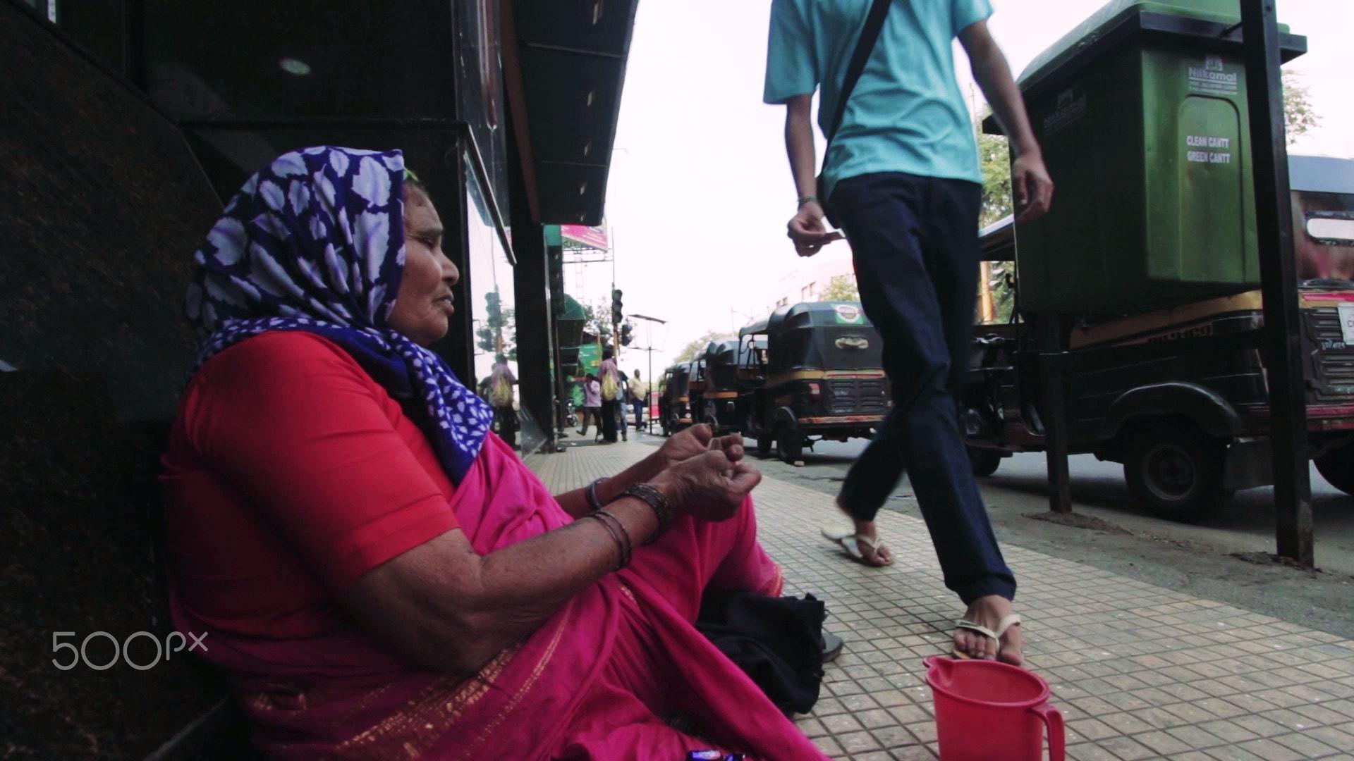 Social notworking beggar