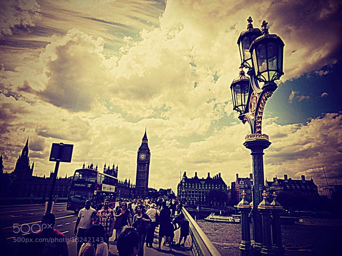 Photograph London street, Big Ben and some Olympic Games. by Sergio Nuñez on 500px