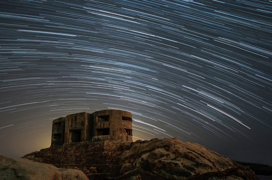 Stars over the abandoned Bunker by Josema Alonso on 500px.com